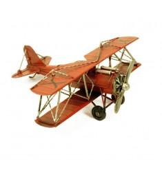 Maqueta avioneta antigua